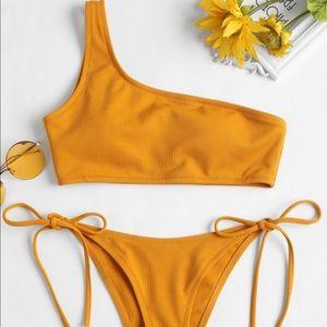 Yellow one shoulder bikini, cheeky bottoms